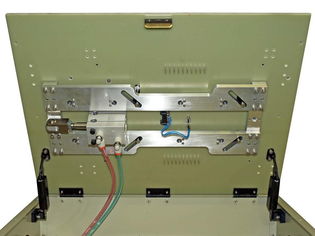 Pneumatic Side-Access Cam Fixture